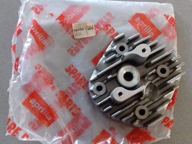 Testata Aprilia Scarabeo 50 2T DiTech AP3BBA000550